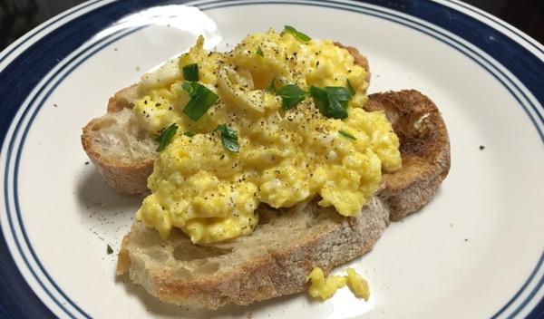 gordon ramsay's scrambled eggs with creme fraiche